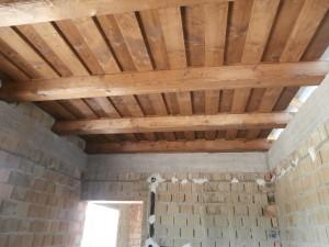 Lakóház építése természetes anyagok használatával