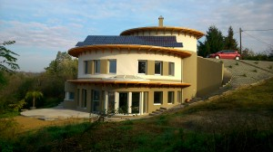 Autonóm családi ház